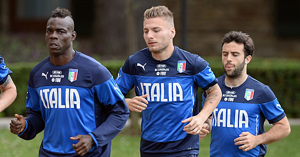 Composition Angleterre Italie, 15 juin 2014